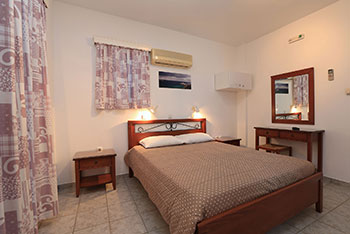 Kalypso rooms in Sifnos